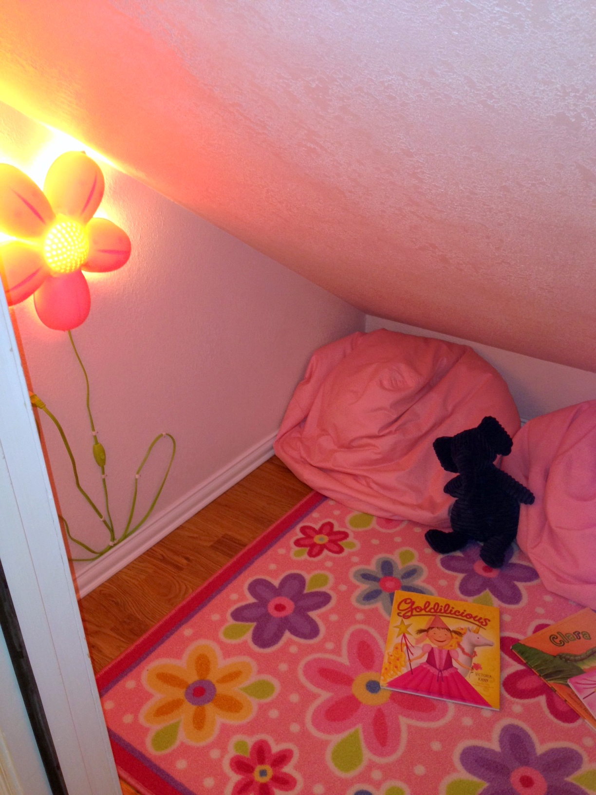 The secret room a nesters nest secret room after flower lights secret room after angle mozeypictures Image collections