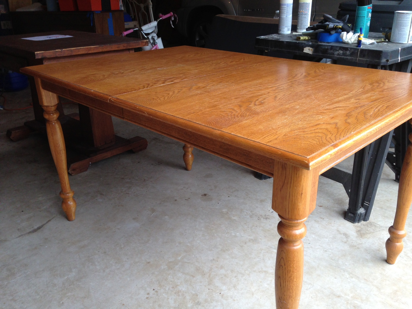 Refinished oak farmhouse table before after a nester for Oak kitchen table