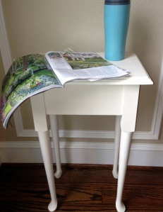 Painted Side Table Mug Magazine