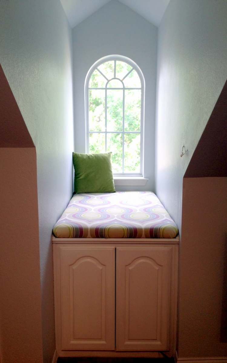 Diy No Sew Window Seat Cushions A Nester S Nest