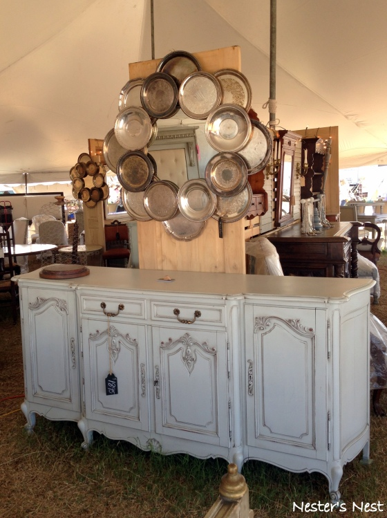 Buffet and Vintage Tray Mirror - NN